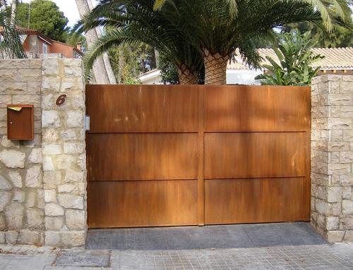 Puerta Exterior en Acero Corten
