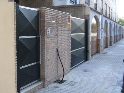 Puertas De Exterior En Metal Artmeval Artesanos Del
